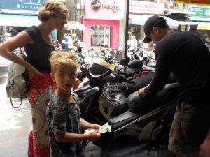 Roller kaufen in Asien